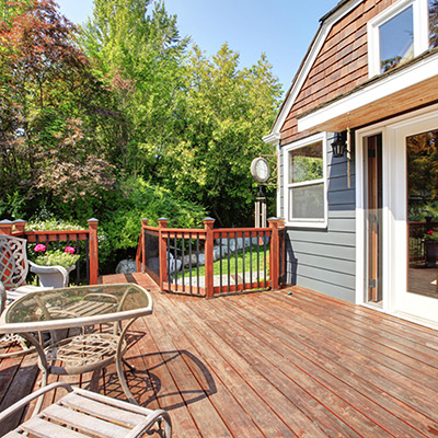 Terrassendielen - WPC oder Holz?