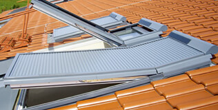 BAIER Dachfenster Rollläden